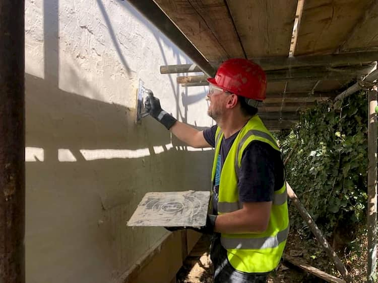 Plastering with Limecote