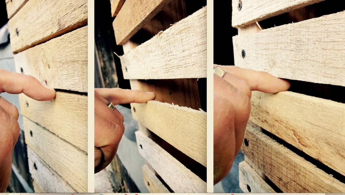 Wooden lath separation demonstrated